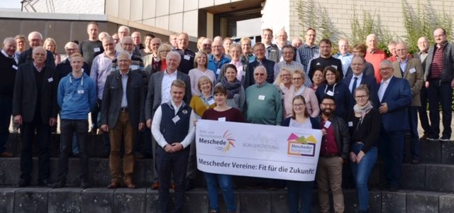 """Gutes tun – und """"gut führen"""": Unterstützung für Ehrenamtliche in der Vereinsarbeit"""